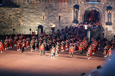 エディンバラ城 王宮前広場 スコットランド 観光