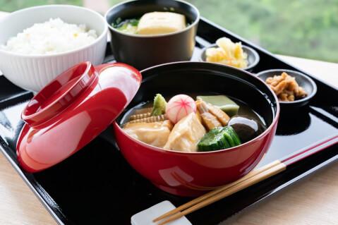 金沢でおすすめのご当地グルメ、治部煮