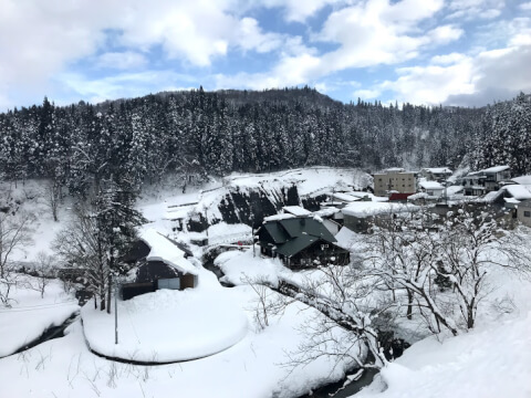 銀山温泉の季節と服装