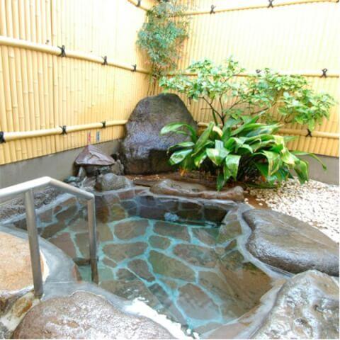 鹿野温泉 岩風呂
