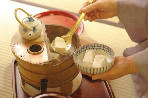 京都 旅館 宿泊 柊家 お食事 湯豆腐