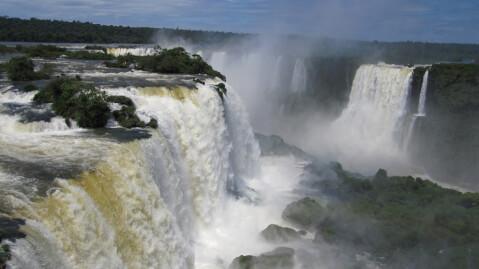 iguaz リオデジャネイロ イグアスの滝