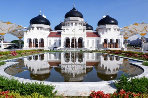 グランド・バイトゥラフマン・モスク インドネシア