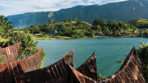インドネシアの人気観光スポット、トバ湖
