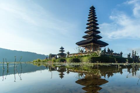 インドネシアのおすすめ観光スポット、バトゥール湖