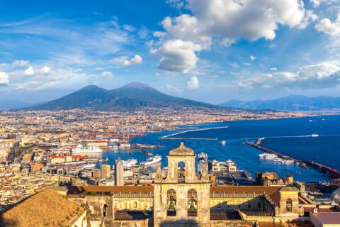 イタリア、ナポリの人気観光地
