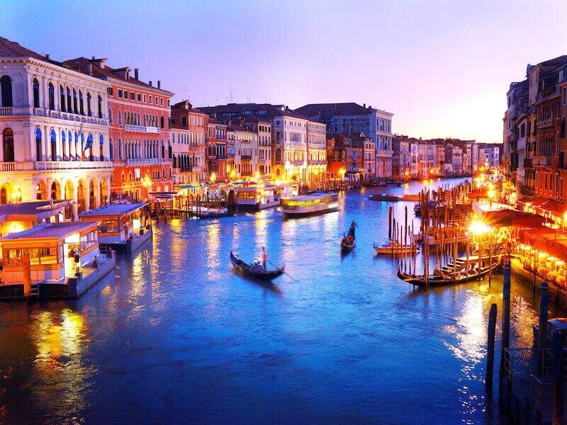 イタリア好きが選ぶおすすめ観光スポット60選!イタリア全20州のエリア ...
