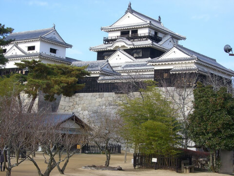 iyo-matsumayama-honnmaruato