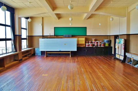 旧豊郷小学校:みおのLIVE会場2(実写)