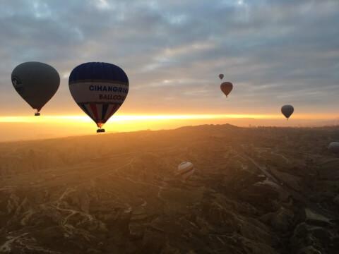 カッパドキア熱気球
