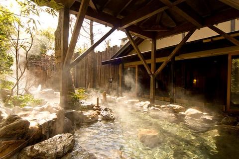 季の湯露天風呂