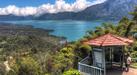 バトゥール湖 バリ島 カルデラ湖 インドネシア