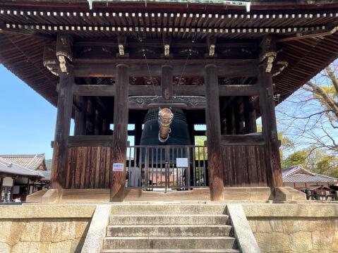 豊国神社内