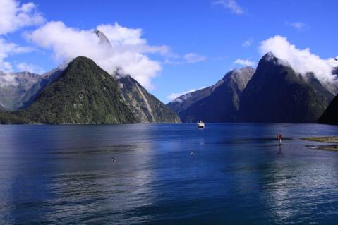 ミルフォードサウンド ニュージーランド 絶景