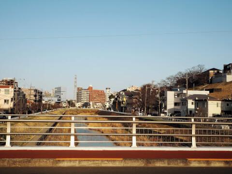 大栗川 霞ヶ関橋 耳をすませば 聖蹟桜ヶ丘 ジブリ