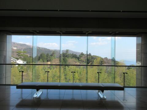 MOA美術館のエントランスからの景色