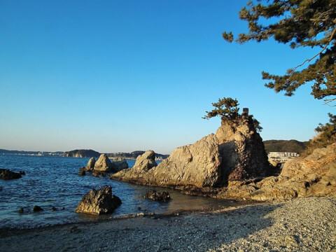 森戸海岸 森戸神社