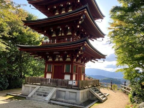 岡寺の三重塔