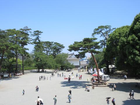 天守閣広場