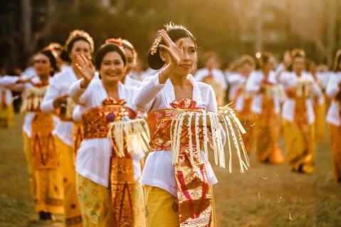 バリ島 インドネシア 民族