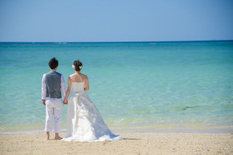 沖縄のハネムーンにかかる予算やおすすめの観光スポット