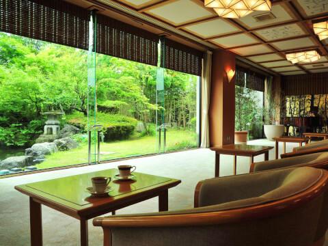 大橋館 日本庭園
