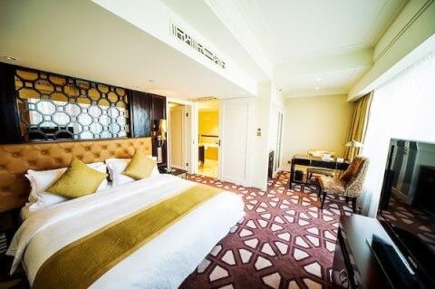 パラマウントホテル客室