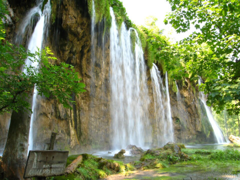 plitvice クロアチア プリトヴィッツェ 観光 プリトヴィッツェ滝