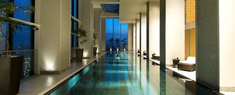 pool_conrad_tokyyo