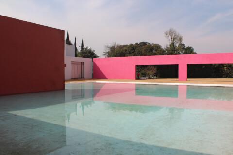 メキシコ メキシコシティ サン・クリストバルの厩舎 Cuadra San Cristobal