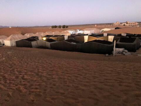 サハラ砂漠での宿泊方法