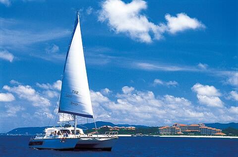 sail_boat_crusing