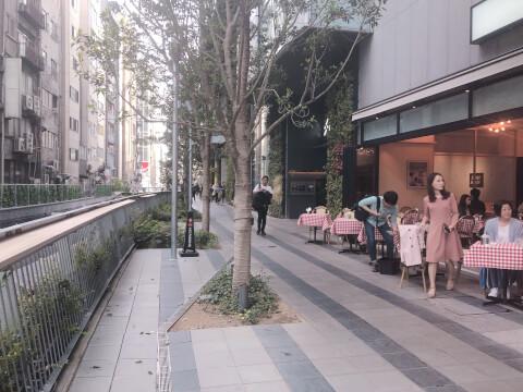 渋谷ストリーム オープンカフェ