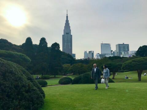 新宿御苑-広場