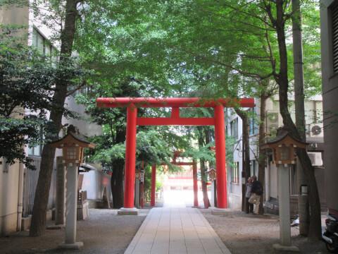 花園神社 鳥居