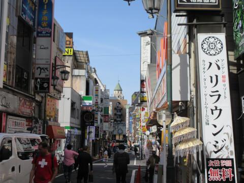 歌舞伎町 町並み