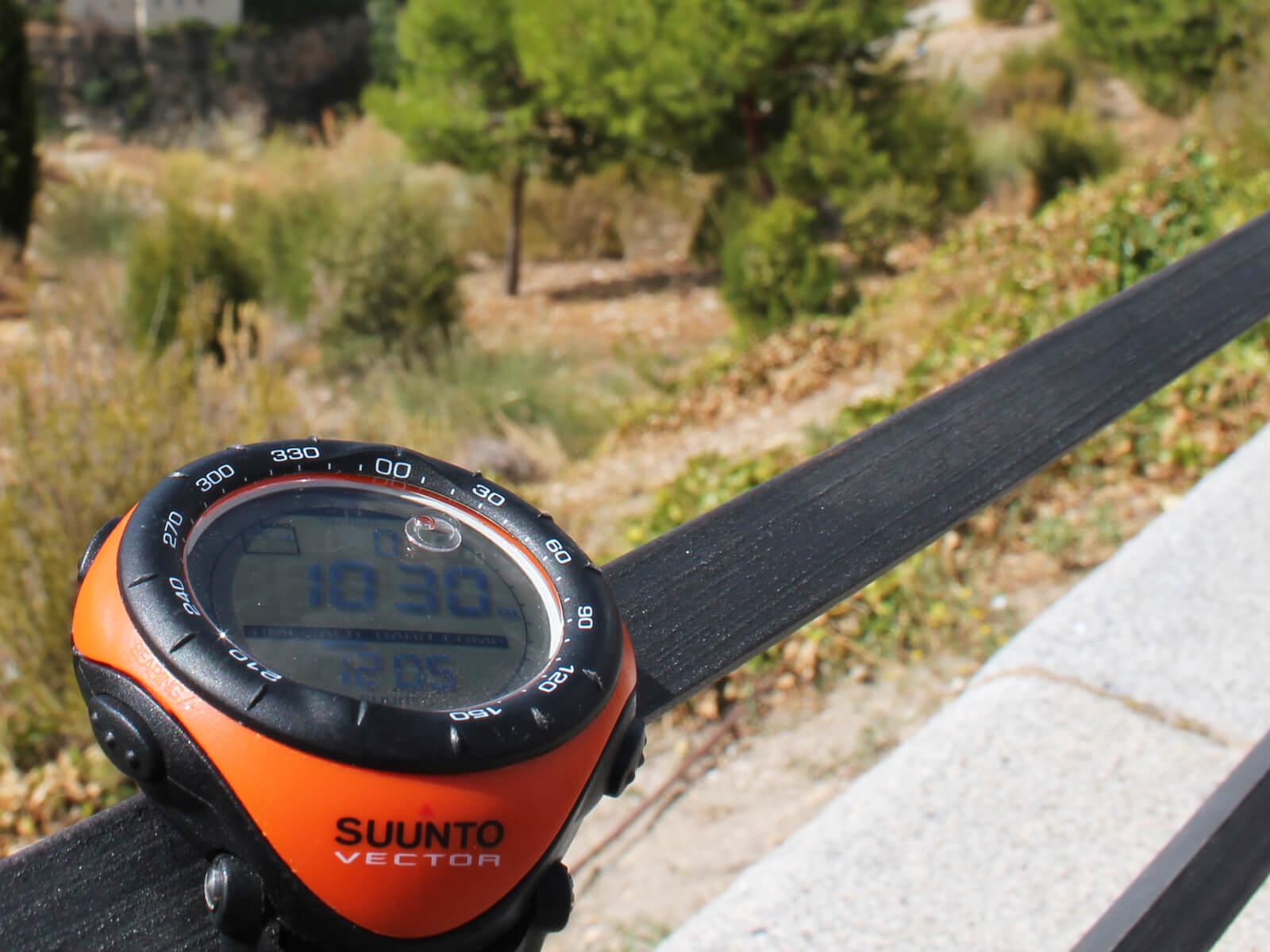 02312cd27e 登山に、ランニングに、日常にもおすすめ!スント(SUUNTO)の魅力とは ...