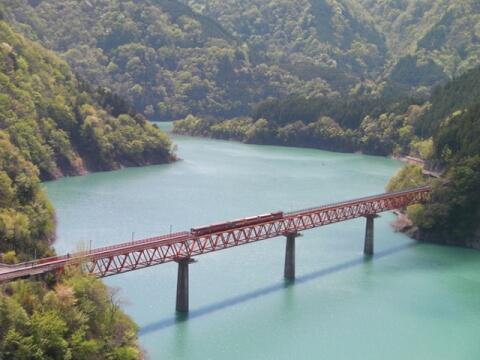 静岡観光接阻峡