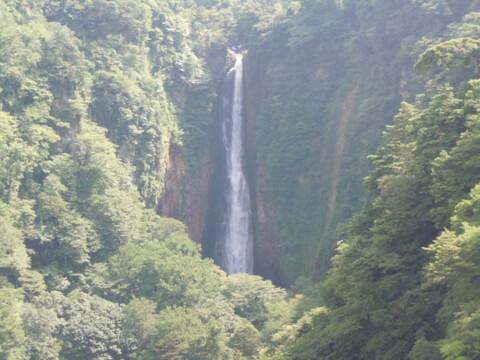 滝震動の滝雄滝