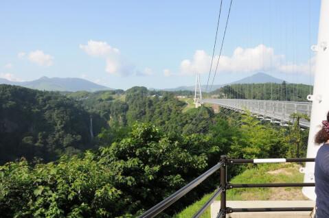滝震動の滝夢大吊橋