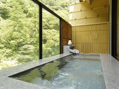 天成園風呂