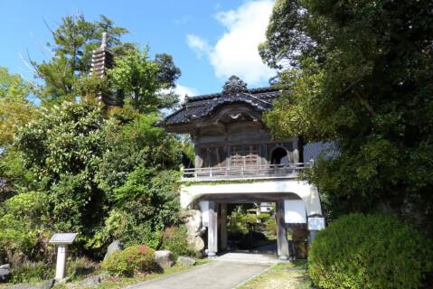 能登 山の寺