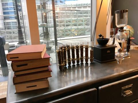 本と珈琲 梟書茶房の装飾