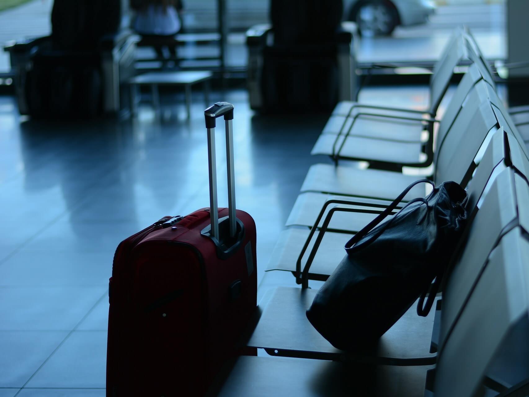 3532b48bb6 おしゃれなスーツケースブランド15選!定番のリモワから、安心の日本製ブランドまで