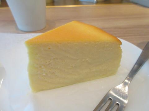 クオラコーヒー チーズケーキ