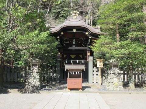 白旗神社 鶴岡八幡宮