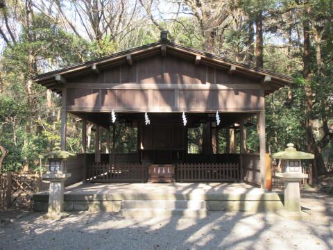 鶴岡八幡宮 祖霊社