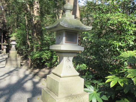 鶴岡八幡宮 灯篭