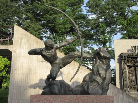 国立西洋美術館 弓を引く