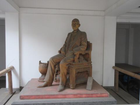 東京藝術大学 銅像